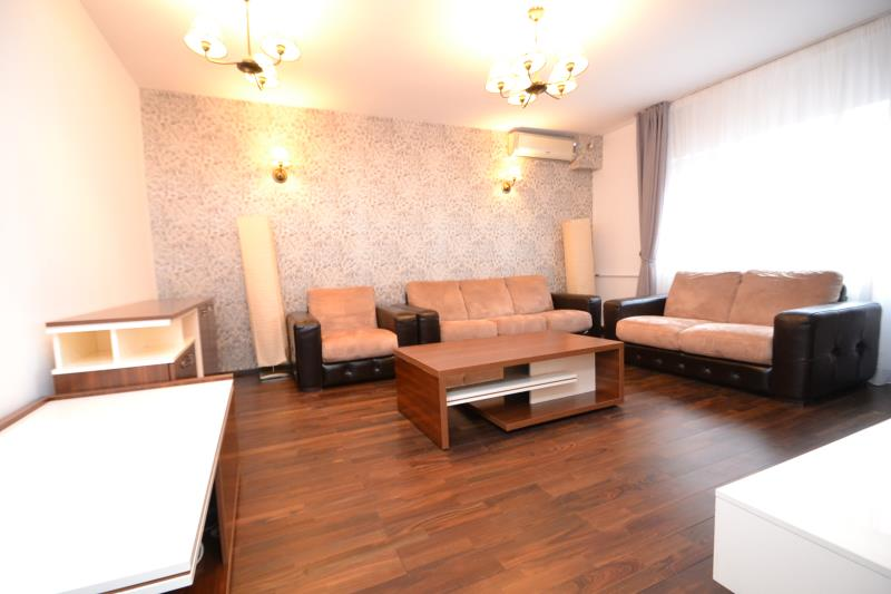 Apartament 3 cam SEBASTIAN, pret inchiriere 450 EUR   <a href='http://www.kpimobiliare.ro/details/apartament-3-camere-sebastian-450-eur-inchiriere-kpa8721' style='text-decoration:none;'><span style='color:#d89f2a;font-weight:bold;'>...detalii</span></a>